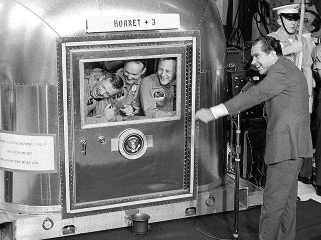 apollo-president-nixon-astronauts-52